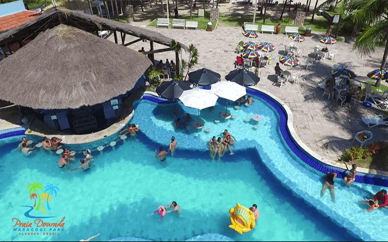 hotel_praia_dourada_bar_da_piscina1