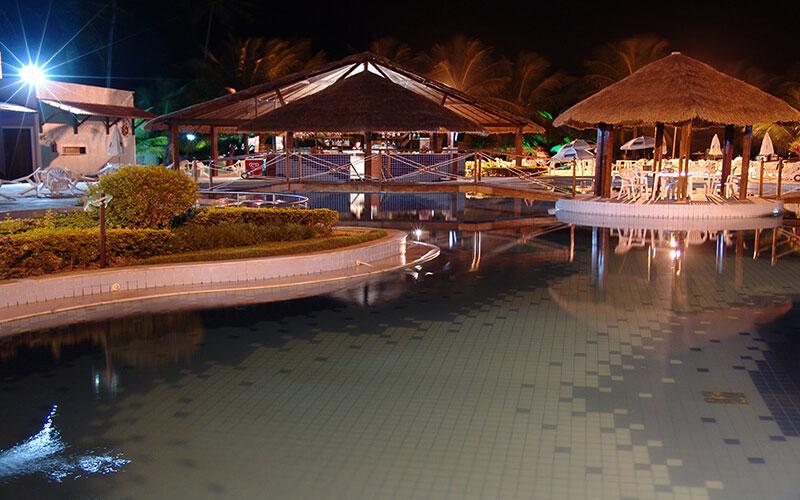 hotel_praia_dourada_piscina9