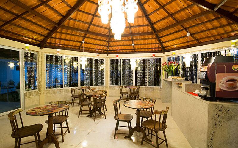 hotel_praia_dourada_restaurante5
